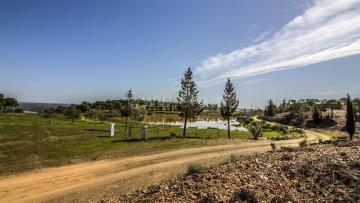 Terreno com ruina / Castro Marim, Odeleite