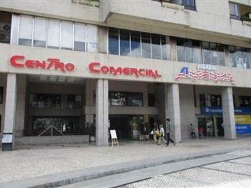 Tienda / São João da Madeira, SJM 3