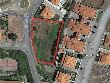 Urban Plot / Guarda, Sequeira