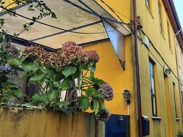 Viviendas Adosadas en barrio T3 / Vila Nova de Gaia, Avenida República