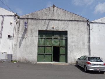 Warehouse / Ponta Delgada, Relva