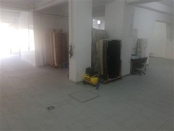 Warehouse T1 / Lisboa, Campolide